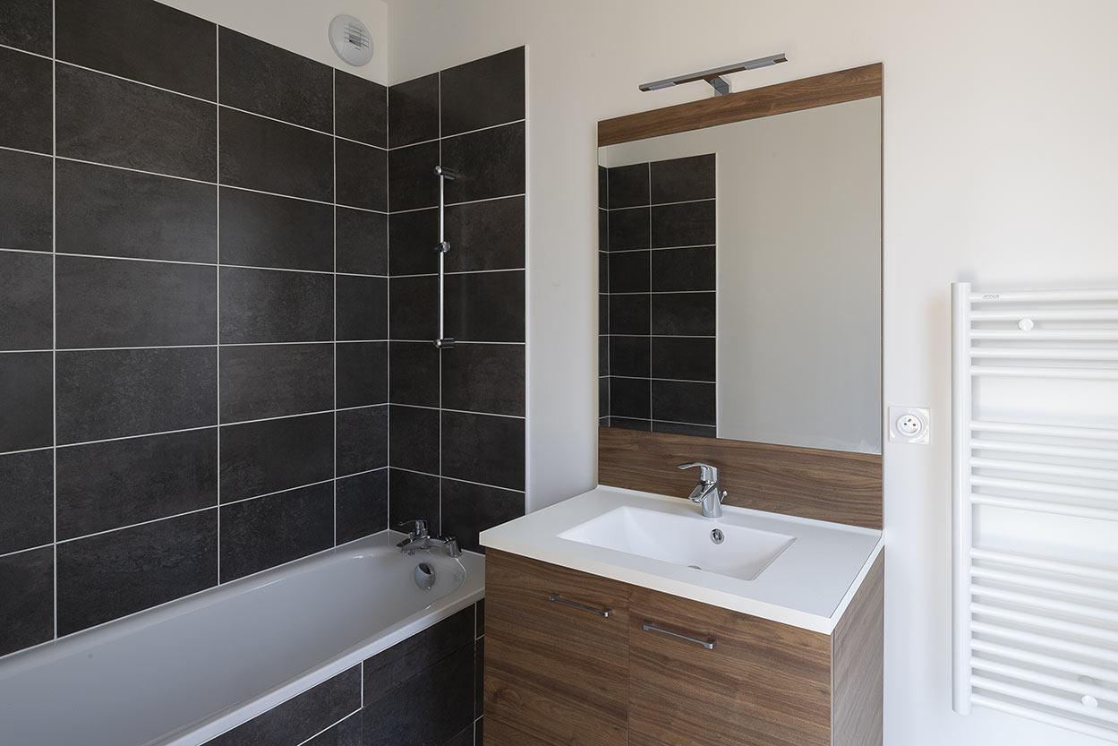 10 rue Danton à Pantin : livraison (salle de bains)