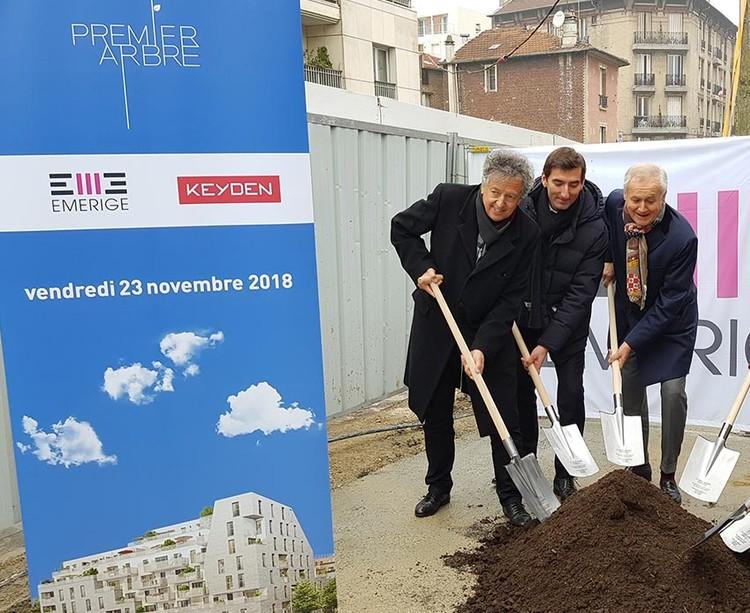 Plantation du premier arbre du programme immobilier neuf 21 Jean Jaurès à Gentilly